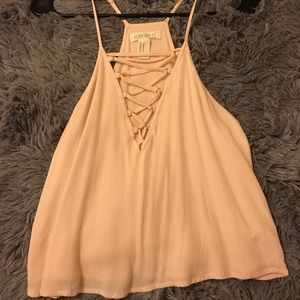 FOREVER 21 LIGHT PINK CROP TOP. CUT STRING FRONT